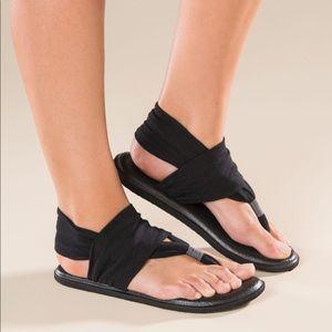 Sanuk Yoga Mat Black Sling Wrap Sandals Size 9